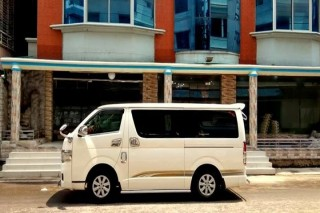 Toyota HIACE GL
