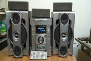 Sony Mhc-Gn77d urgent sale