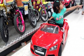 Children electric ride on audi sports car
