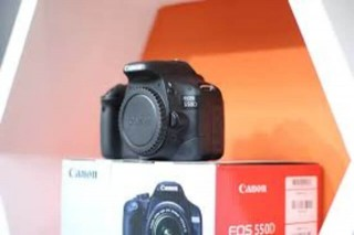 Canon EOS 550D (Brand NEW & intact) with 5years warranty